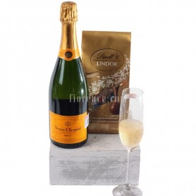 Champagne Veuve Clicquot and chocolates