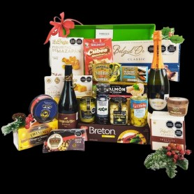 Giant Christmas Gourmet Hamper With Wine