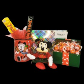 Christmas with Minnie Mouse